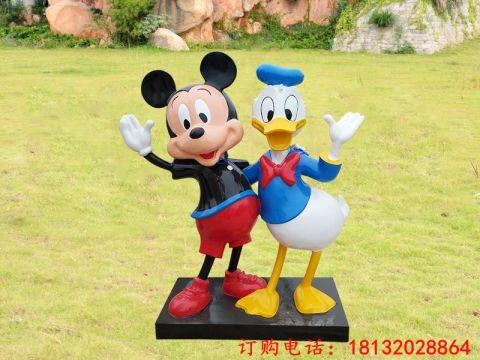 米老鼠和唐老鸭卡通动物像