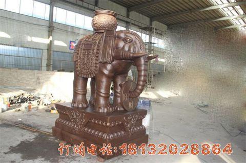 驮宝大象铜雕