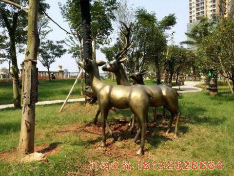小区铜雕鹿