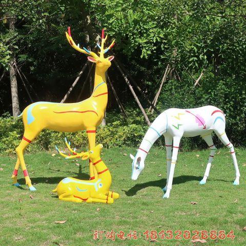商场玻璃钢彩绘鹿必威体育娱乐