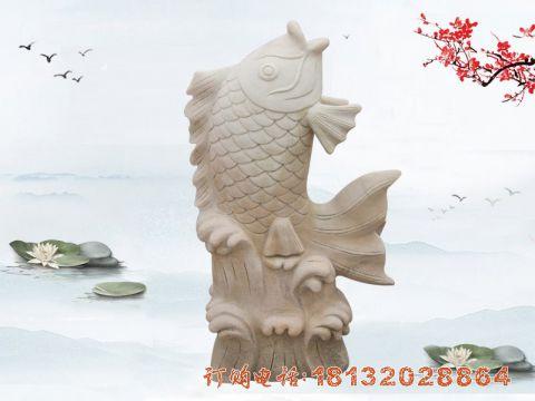 晚霞红喷水鲤鱼石雕