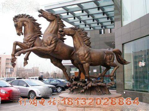 踏浪的马铜雕