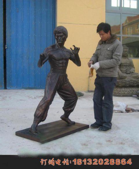 李小龙铜雕