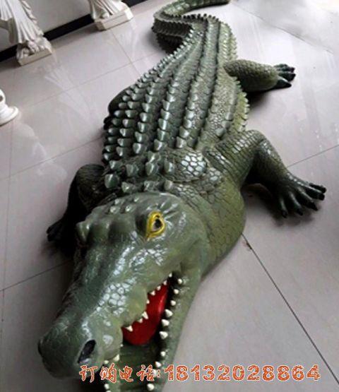 玻璃钢仿真鳄鱼
