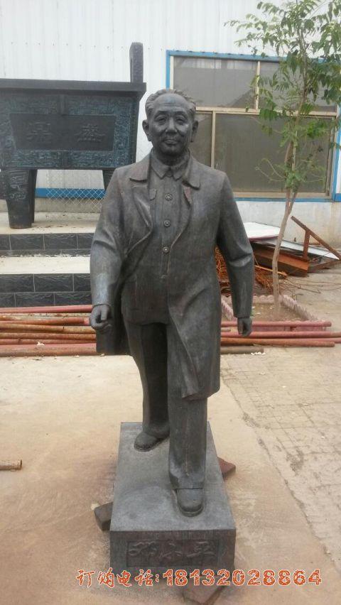 校园伟人邓小平铜雕