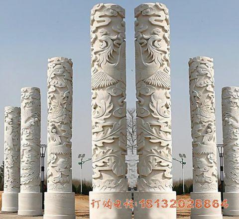 凤凰浮雕石柱
