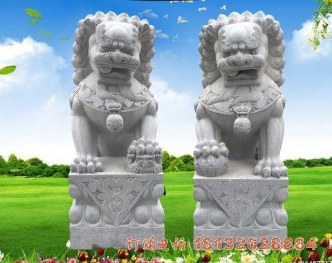 看门狮子石雕